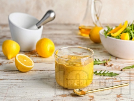 Цитрусов дресинг с портокал, лимон и лайм за салата - снимка на рецептата